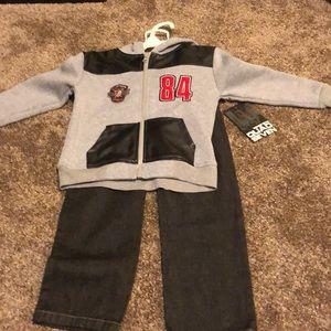 Jacket and pants set
